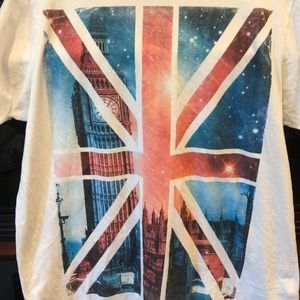 Tops - Union Jack Big Ben T Shirt Large